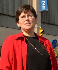 Prof. Allison McGeer headshot